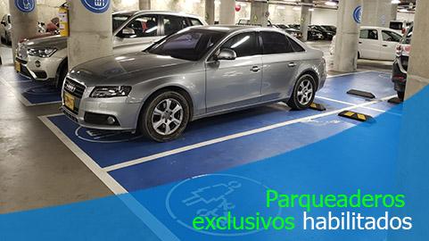 Edificio debe contar con estacionamientos para personas con movilidad reducida
