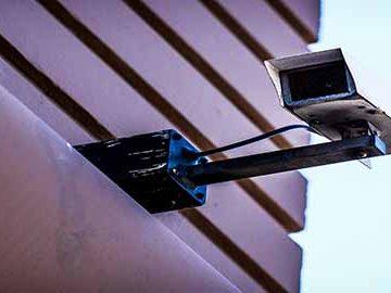 Empresas que suministran e instalan equipos de seguridad deben registrarse ante Supervigilancia